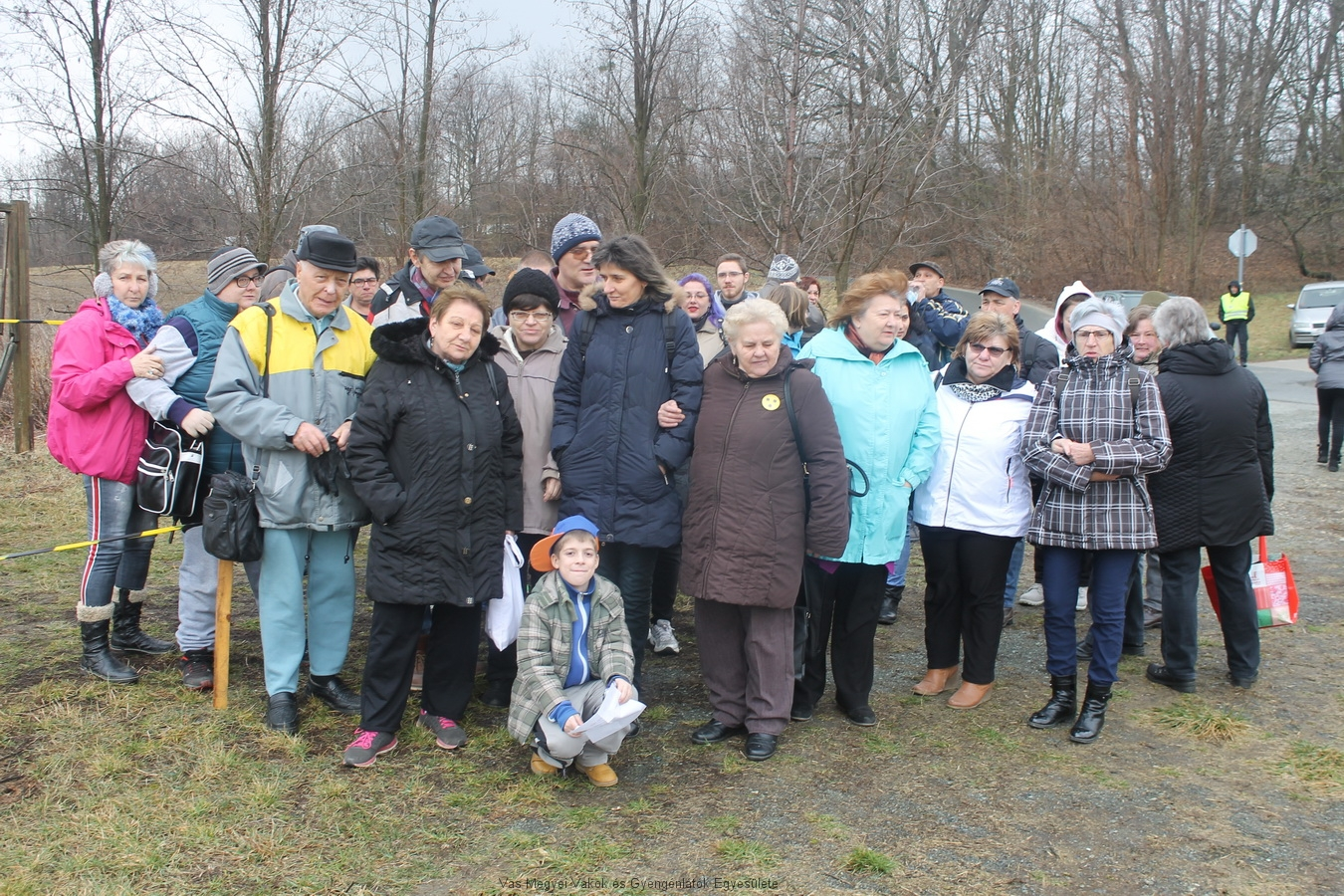 Több mint 40-en jöttek el erre a kirándulásra. A kis csapat megérkezett.