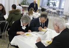Finom ebéddel vendégelte meg a szereplőket a Székesfehérvári Első Lions Club.